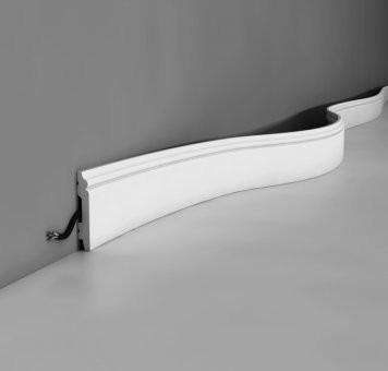 Listwa przypodłogowa Orac Decor SX165 Flex gięta